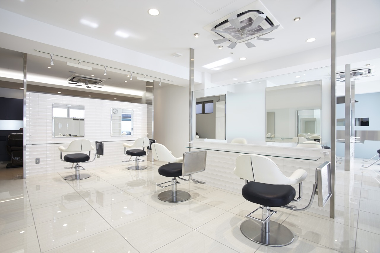 Hair & Nail salon AXIS(アクシス)