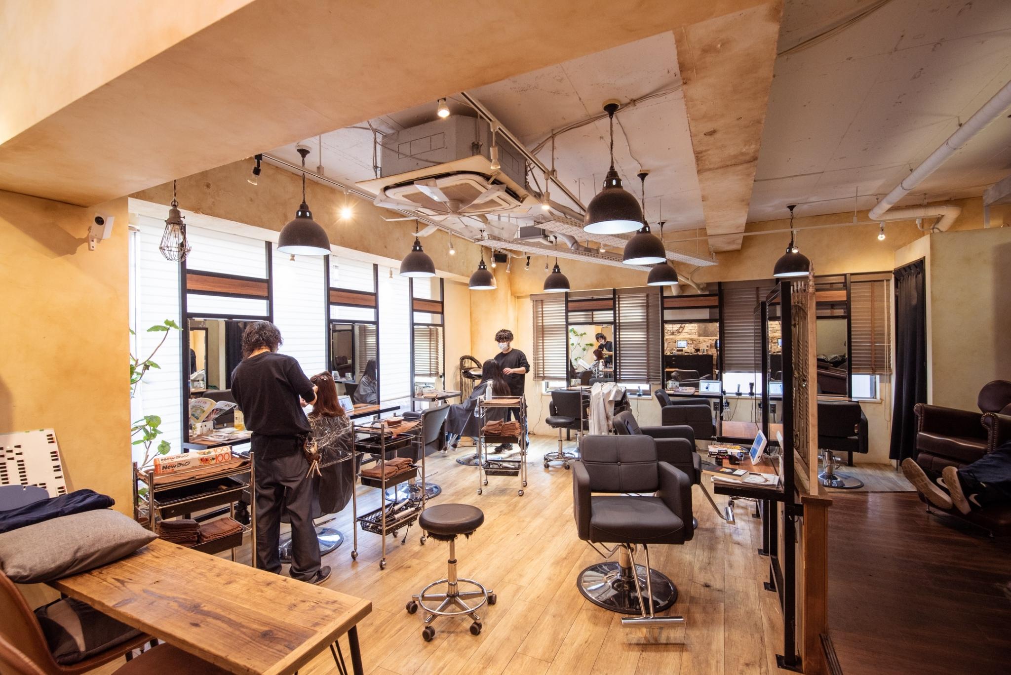 Agu hair jaya 三軒茶屋店